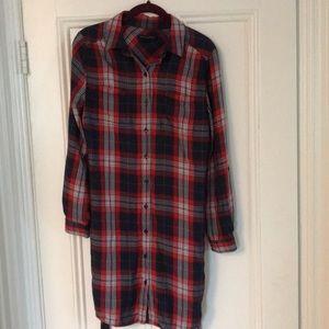 Women's long sleeve button down dress